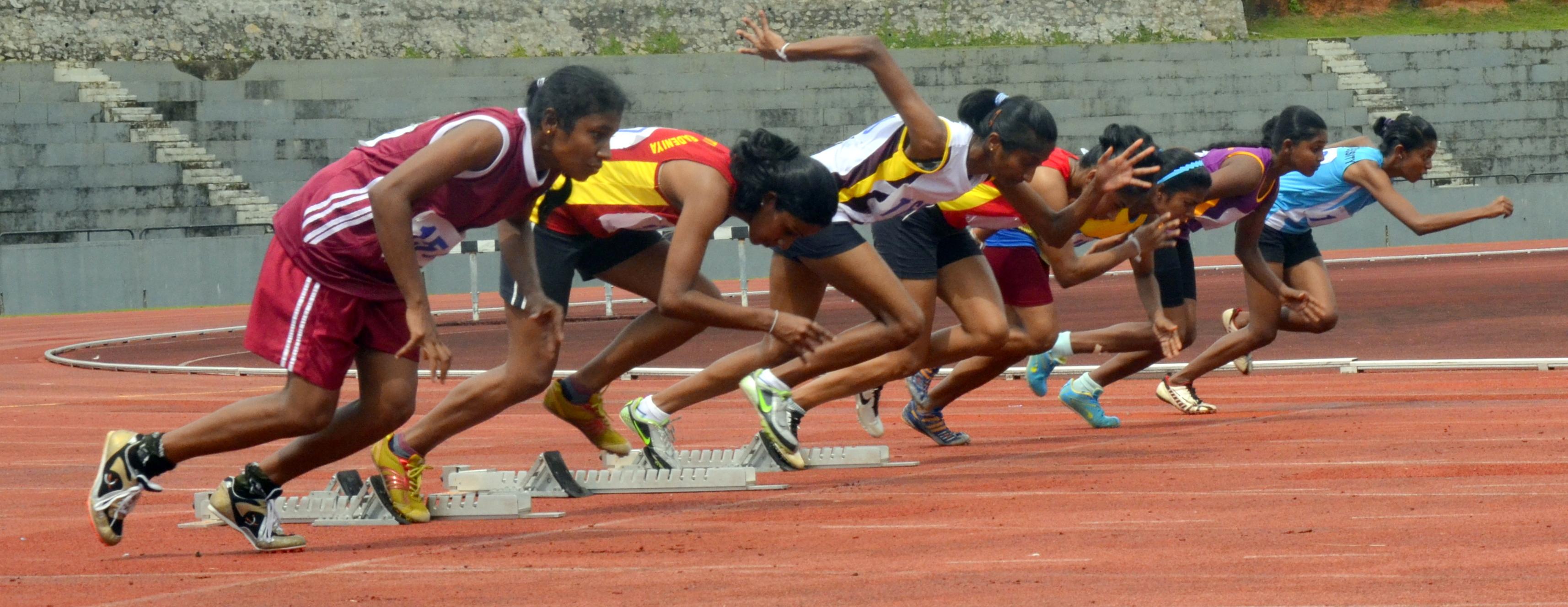 tf 100m final (1).jpg